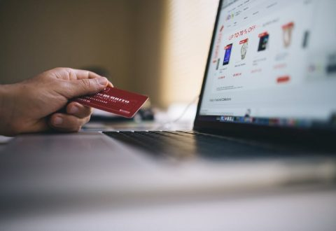 How to Avoid Overspending Shopping Online in Australia